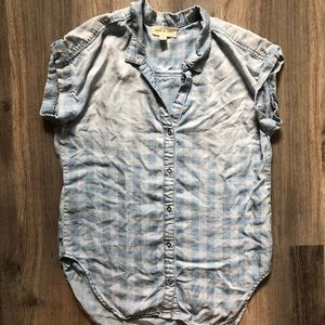 Cloth and Stone chambray top